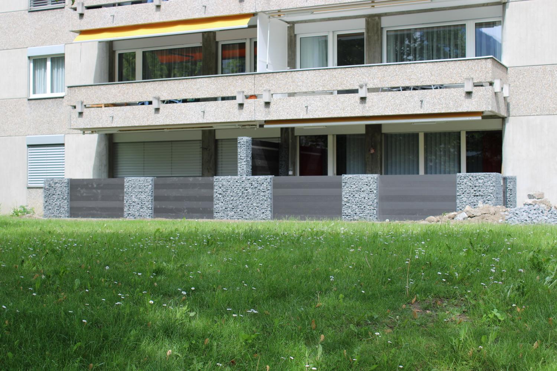 WPC-Zaun mit Gabionen